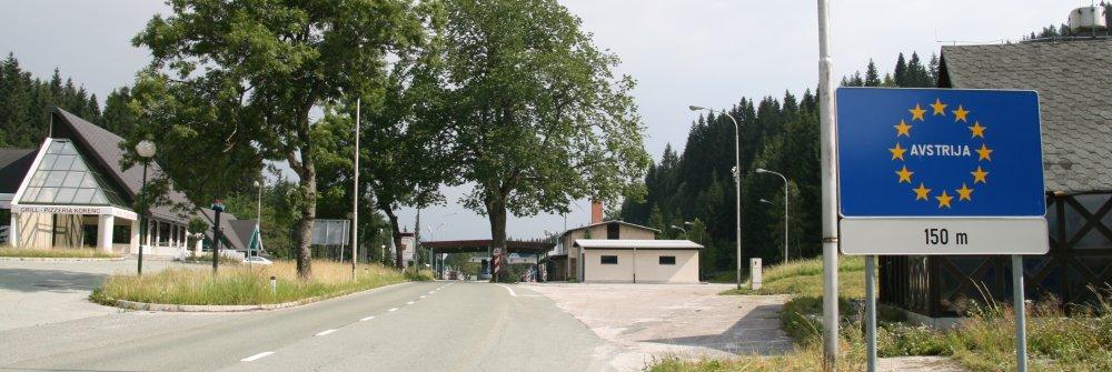 http://www.alpenpass.com/slowenien/wurzen/2008-07-17%20Urlaub%20%204165a1000%20Wurzenpass%201073%20m.JPG